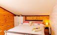 Домик под Минском с камином- бассейном-баней, купель-квадроциклы , Дом на 10 человек спальня 3