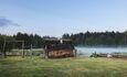 Голубые озера усадьба Трабутишки, Баня. Рядом пруд.