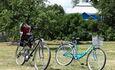 Агроусадьба «Оленья», Бесплатно четыре велосипеда (+ детское кресло для детей до 22 кг) для прогулок по Пуще (500 м от усадьбы)