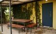 «Паулинка» в Беловежской пуще, стол возле бани