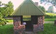 "Farmhouse ""Hutorok u ozera"" (""The farm by the lake"") , Уютная, с барбекю, беседка у домика."