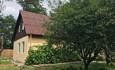 База отдыха «Сутково»,  Коттедж на пять гостей, виз со стороны вишнёвого сада.