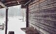 Голубые озера усадьба Трабутишки, Маленький дом, небольшая терраса.