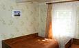 Рай рыбака озеро Свирь | усадьба Набережная, спальня 3 кровати