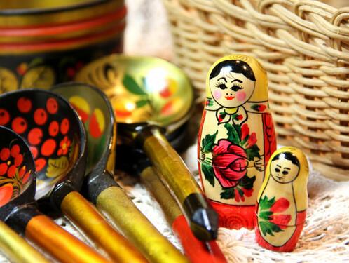 Семенов — родина хохломы, ложки и матрешки