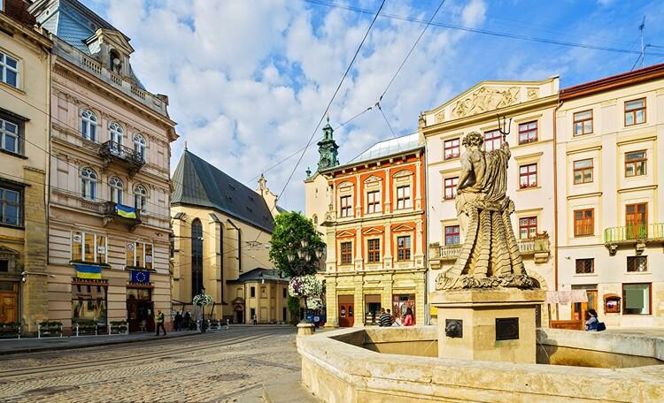 Загадкові львівські дворики
