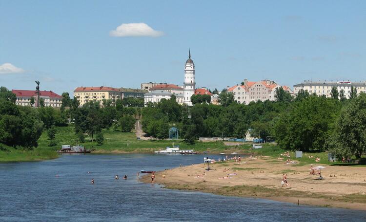 Город над седым Днепром
