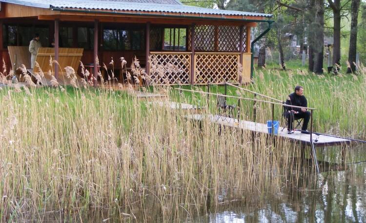 Агроусадьба «Заезд Зубачи», Можно и рыбку половить в пруду
