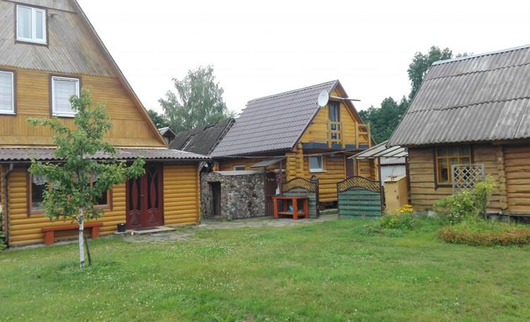 Усадьба «Богино», Расположение трех домиков (одно-двух- и трехэтажного)