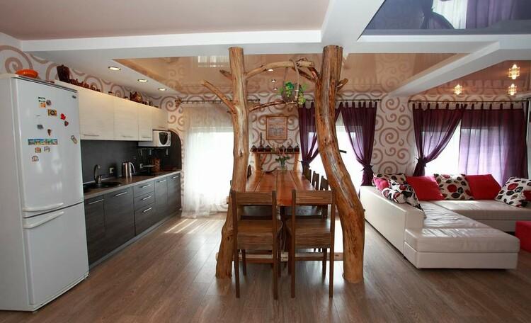 Отдельные домики от 2 до 10 человек, камин, баня, бассейн, циммеры, шале, бунгало., ДОМ НА 10 ЧЕЛОВЕК стол на 10 человек