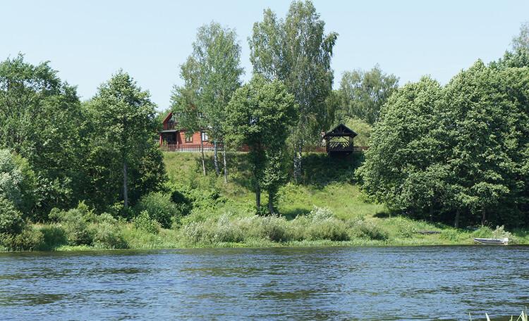 Пары купаются на речке фото 775-76