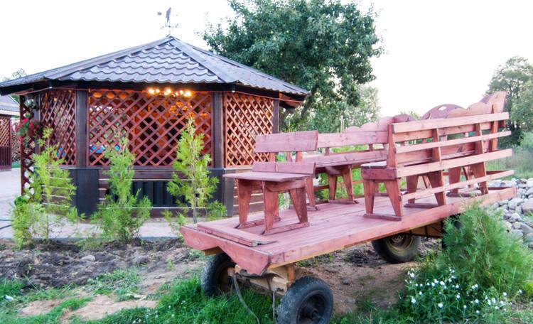 "Homestead ""Sosnovyiy Gai"" (""Pine grove""), Беседка с камином"