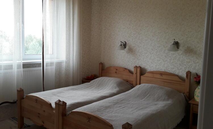 """Усадьба """"Лесная Паулiнка"""", номер 2 (первый этаж)"""
