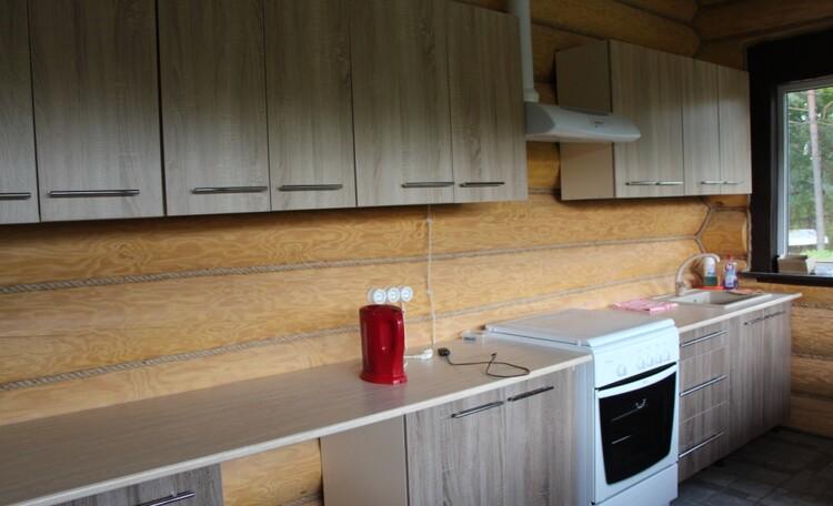 Кухня в основном доме