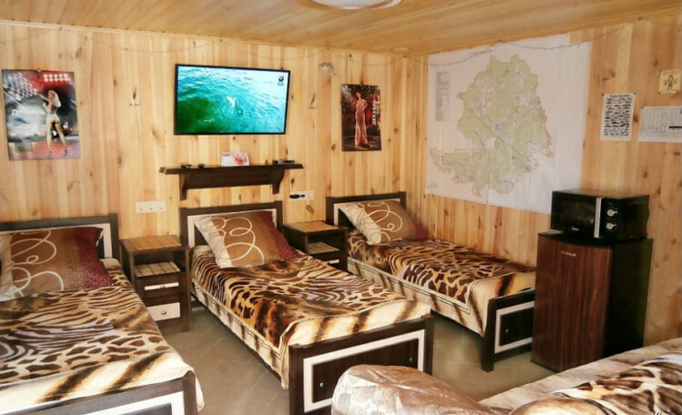Усадьба «Клевое местечко» на берегу Осиповичского водохранилища, Интерьер домика для семьи