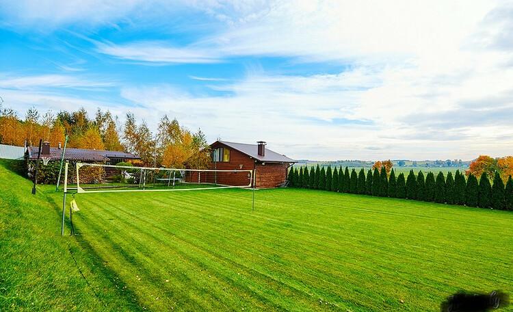 Домик для двоих с камином баней и бассейном, Дом до 10 человек, Семейное бунгало , Спортивные площадки