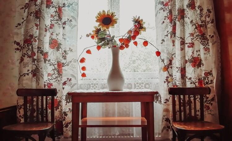 Агроусадьба «Пущанский дворик», Дополнительная мебель: столик и стулья