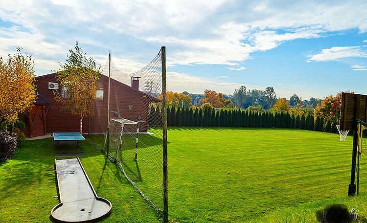 Домик для двоих с камином баней и бассейном, Дом до 10 человек, Семейное бунгало , Футбольное поле
