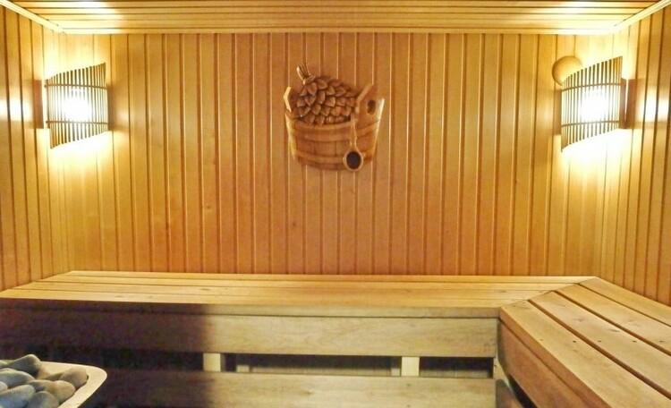 Усадьба «Клевое местечко» на берегу Осиповичского водохранилища, Парная