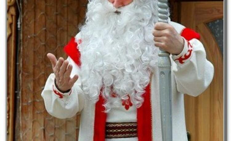 """Усадьба """"Солнечный домик""""  в Беловежской пуще, Дед Мороз в летнем наряде. Праздник в любое время года"""