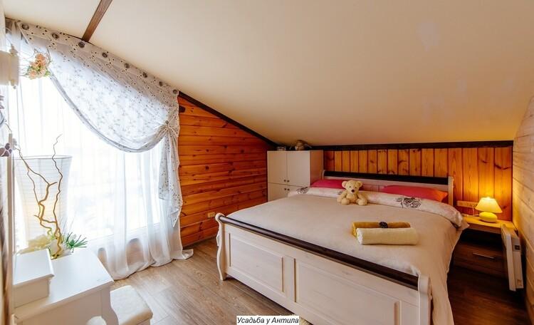 Отдельные домики от 2 до 10 человек, камин,  беседки, бассейн, баня., ДОМ НА 10 ЧЕЛОВЕК спальня 3
