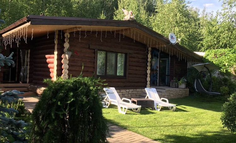 Домики под Минском с камином бассейн баня  квадроциклы игровые площадки  , Домик для двоих