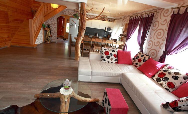 Домик под Минском с камином- бассейном-баней, купель-квадроциклы , Дом на 10 человек 1 этаж