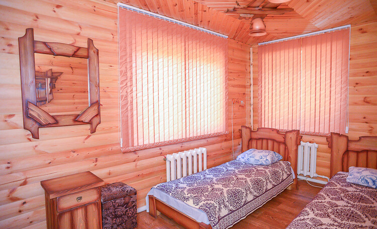 Домик охотника «Борисовский опытный лесхоз», комната охотничьего домика