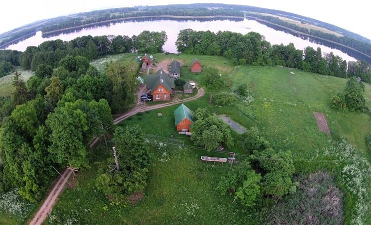 """Агроусадьба """"Хуторок у озера"""". , Вид на агроусадьбу Хуторок у озера с высоты птичьего полета."""