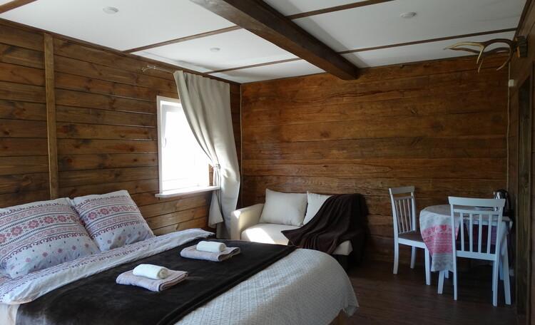 Агроусадьба «Оленья», В каждой спальне есть своя ванная комната и обеденная зона