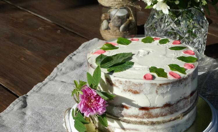 Агроусадьба «Оленья», Полезные торты и другие десерты (к заказу за 3 дня до приезда)