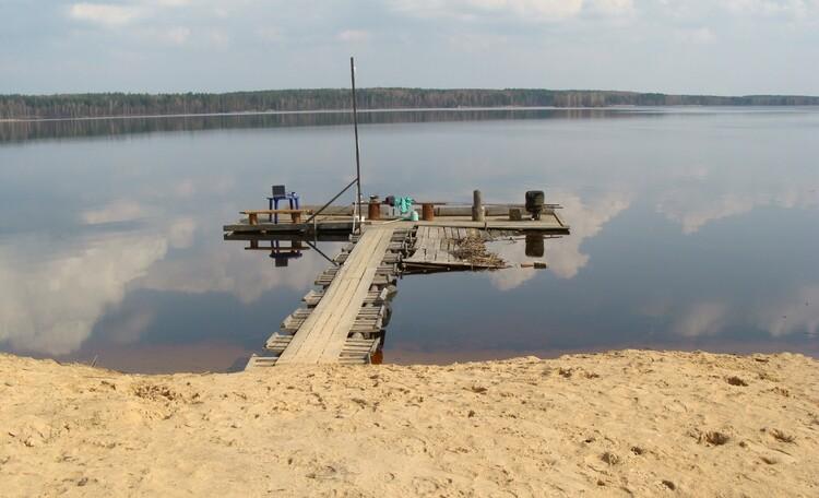 Агроусадьба «Песчаный берег» , Территория (пирс для рыбалки)