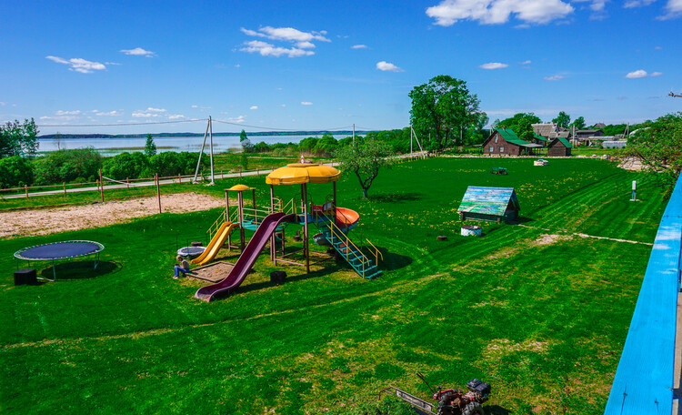 Krasnogorka, Вид на территорию базы отдыха