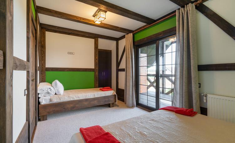 Усадебный комплекс «Бавария», Это спальни. В каждой двуспальная кровать и односпальная
