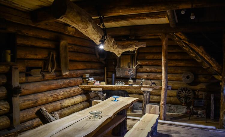 Голубые озера усадьба Трабутишки, Каминный зал.