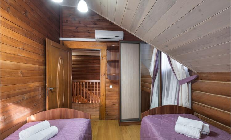 «Силичи», 2м 2уровневый гостевой дом