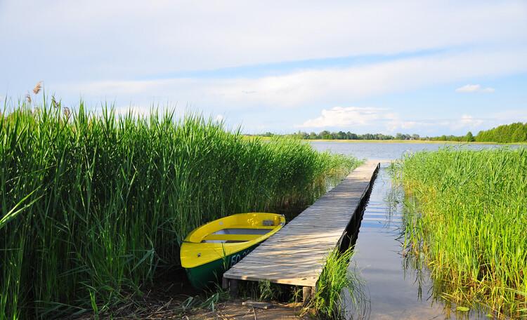 Агроусадьба «Войсо», выход к воде, лодка
