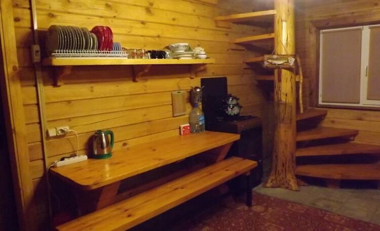 Агроусадьба «Лесной островок», кухня-столовая