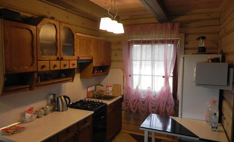 Оборудованная кухня в усадьбе   Березинская мечта. Отдых в Белоруссии