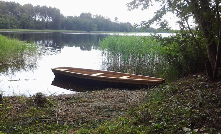 Сядзіба «Центр Европы», Отдых в Витебской области всегда ассоциируется с озерами Белоруссии. Вы можете снять гостевой дом и отдохнуть в уединении.