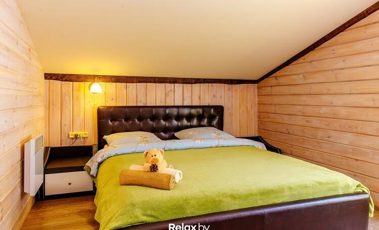 Домик под Минском с камином- бассейном-баней, купель-квадроциклы , Дом на 10 человек спальня 2