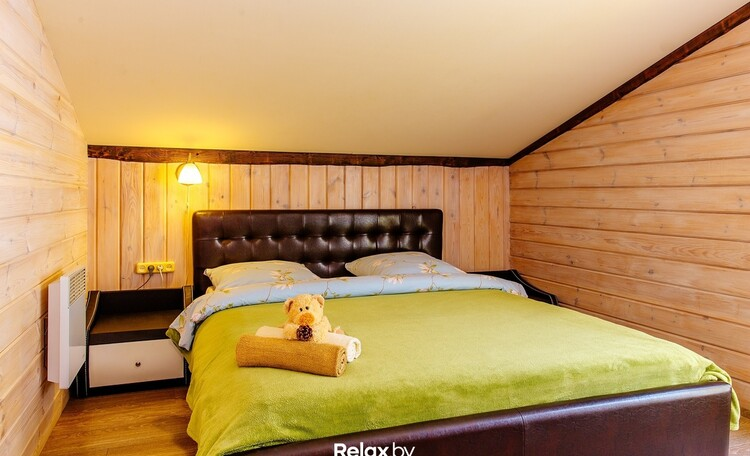 Домики, беседки, баня с бассейном, VIP отдых Усадьба у Антила , Дом на 10 человек спальня 2