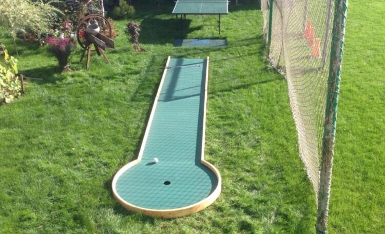 ДомиКи от 2 до 10 человек, баня, бассейн, рыбалка,  квадроциклы, игровые площадки, мини гольф