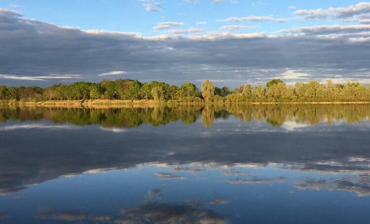 База отдыха «Сутково», Река Днепр.