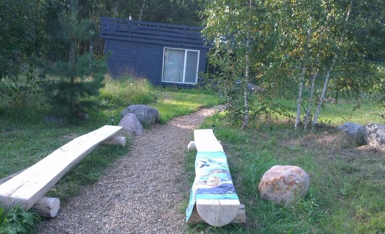 """Eco homestead """"Iznachalnoe"""", Место отдыха рядом с домиком и видом на сауну"""