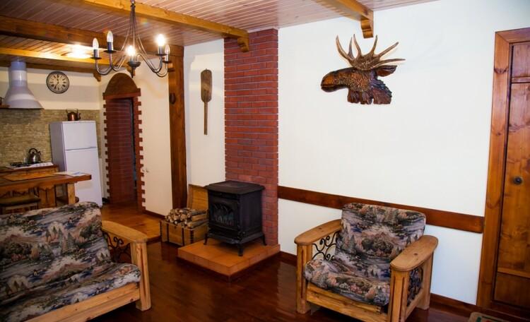 """Recreation centre """"Vaspan"""", уютный двухкомнатный номер,в котором может расположиться 4 человека"""