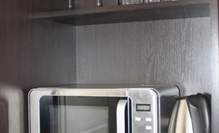 База отдыха «Плещеницы», Люкс 9 (однокомнатный) - мини-кухня