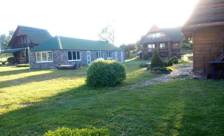 "Farmhouse ""Hutorok u ozera"" (""The farm by the lake"")"