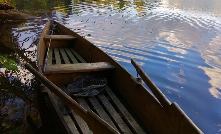Лодка на Волкостье.