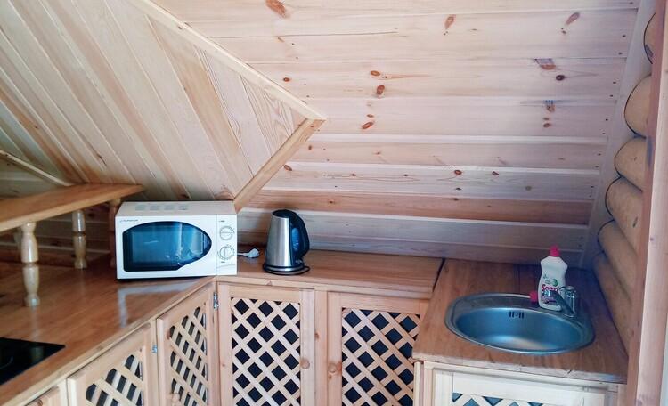 "Farmhouse ""Belorussian Baikal"", Кухонная зона в семейном номере"